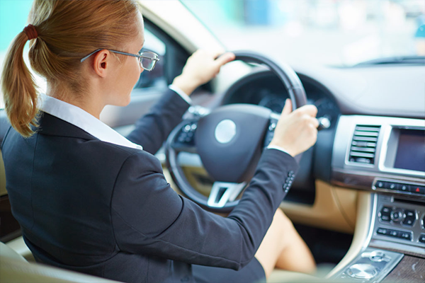 aренда автомобиля с водителем